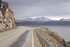 dort in der Bucht liegt der Campingplatz in Olderfjord