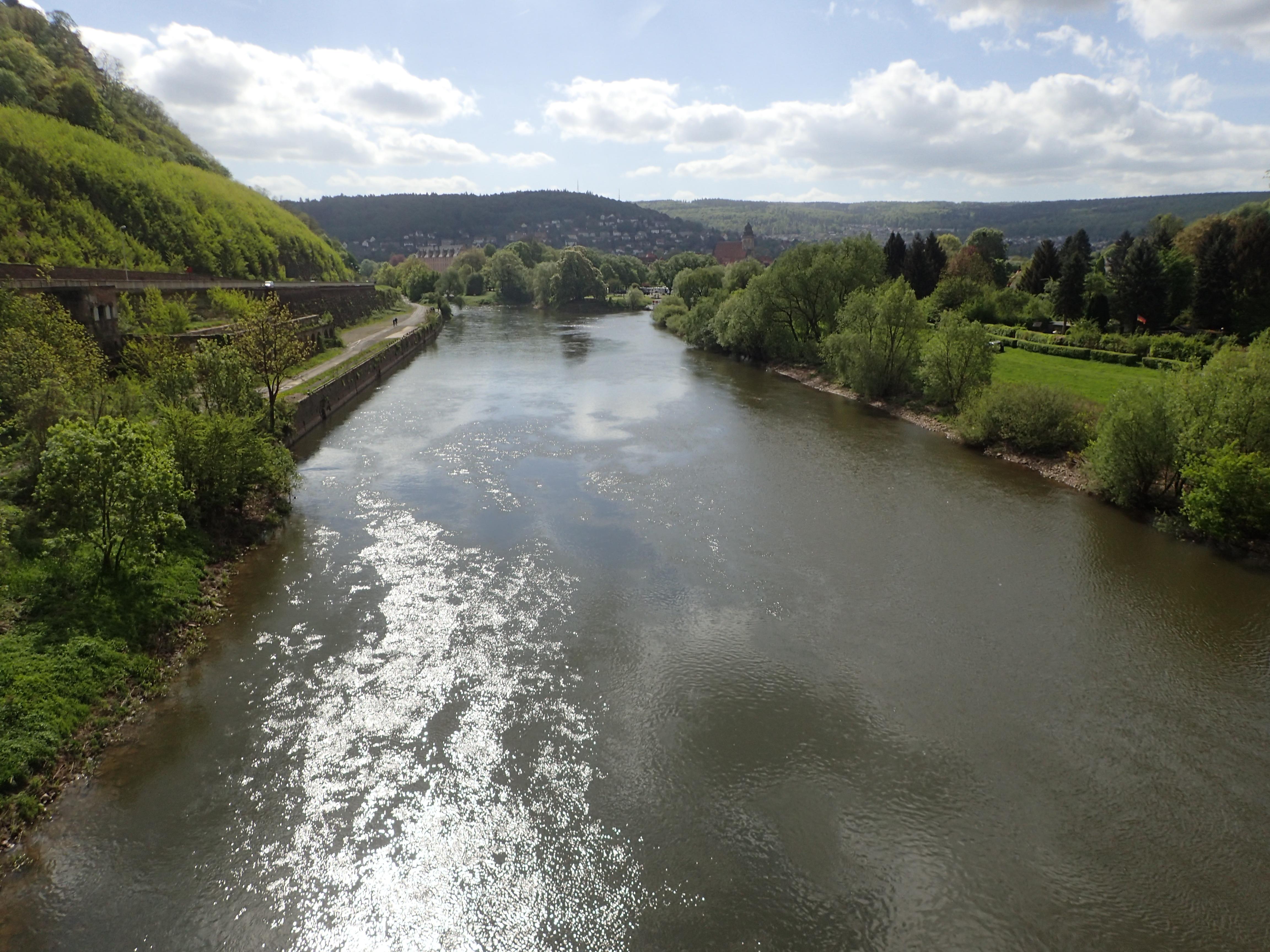 hier entsteht die Weser aus Werra und Fulda