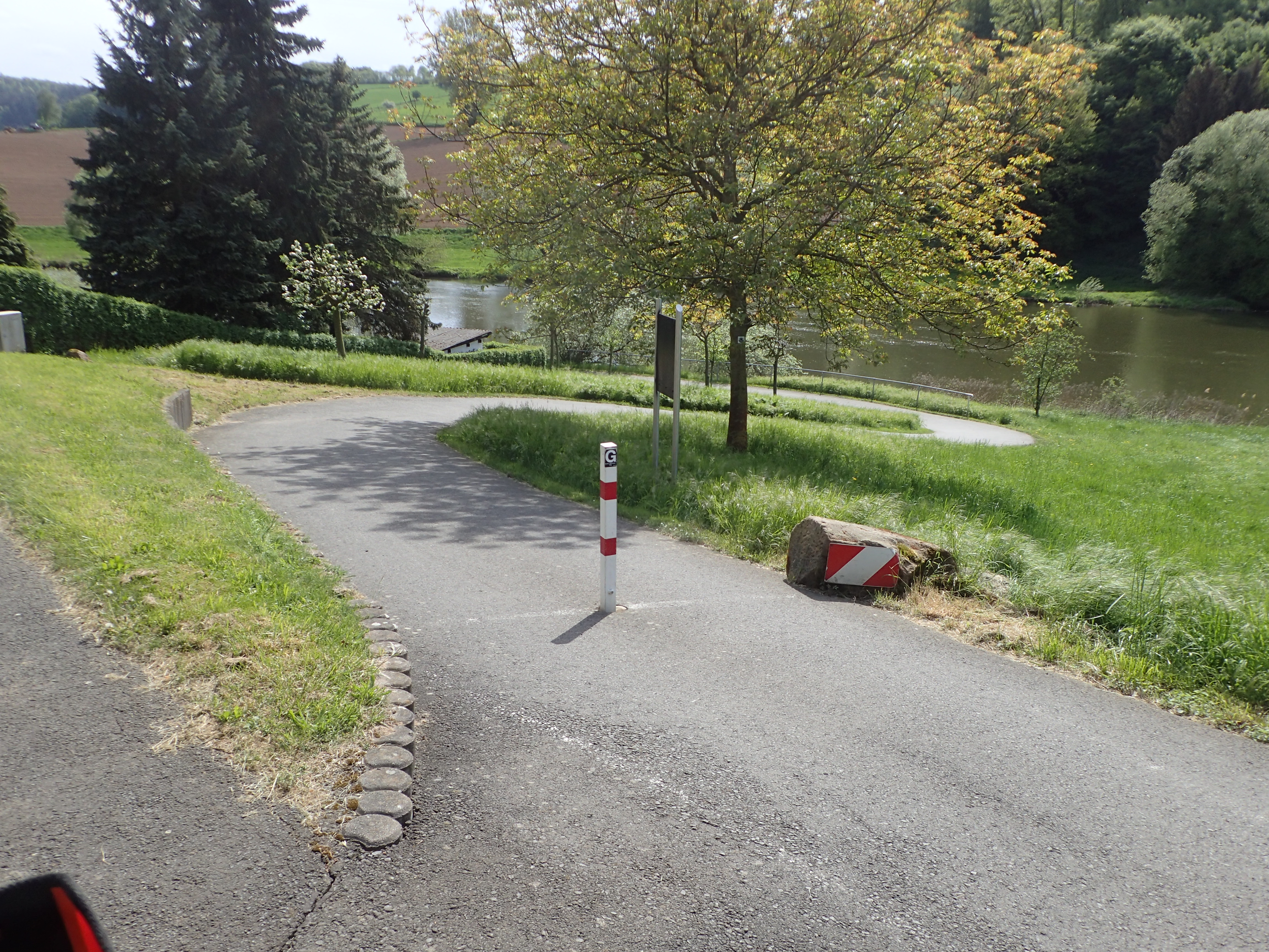 Serpentinen für den Radweg